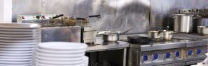 kitchen equipment at a Los Angeles restaurant that looks broken down and can be replaced by equipment breakdown insurance