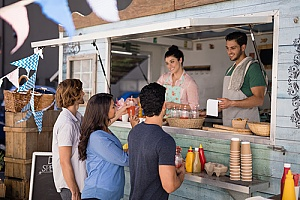 food truck owner who understands what type of insurance is needed for a food truck business