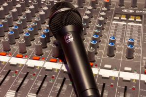 recording studio insures the microphone and production equipment using an entertainment insurance policy