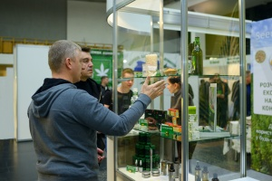 two men shopping at a cannabis store covered with E&O insurance coverage